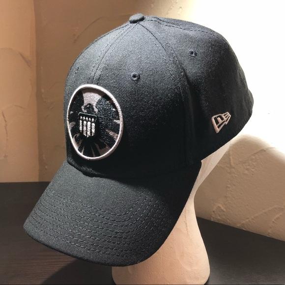 Marvel Agents of SHIELD emblem New Era Ball Cap. M 5b8e191a129955cb7f04cf05 f81904144c4
